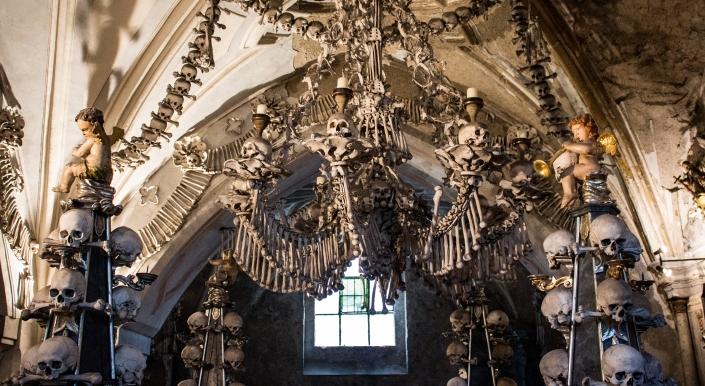 Terrifying Sedlec-Ossuary_bohemian blog